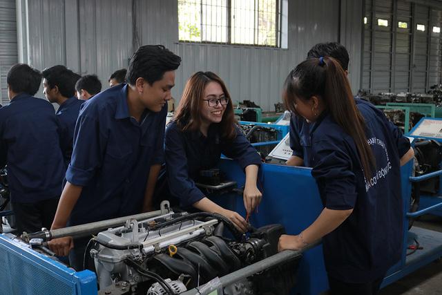 Trung cấp công nghệ ô tô Hà Nội