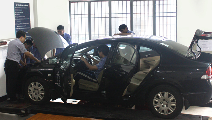 Tuyển sinh liên thông cao đẳng ô tô, văn bằng 2 cao đẳng ô tô năm 2021
